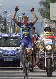 Francesco Casagrande vince la Coppa Placci