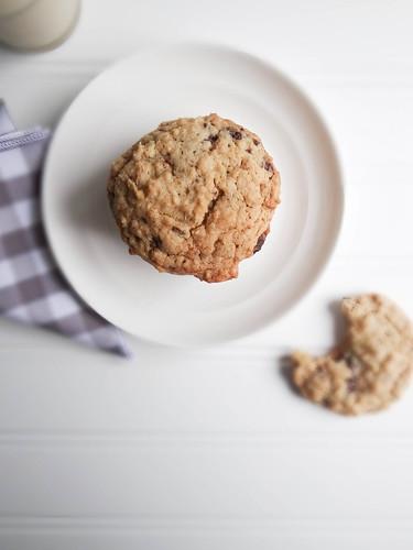 almond sea salt chocolate chunk cookies