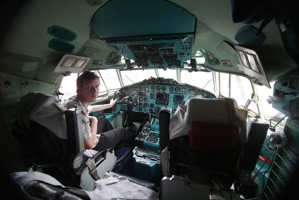 Me inside the Belavia Tu154 Cockpit
