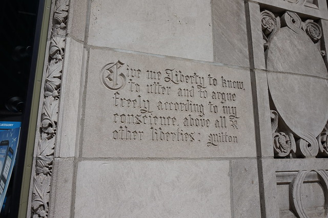 Milton quote on Chicago Tribune Building
