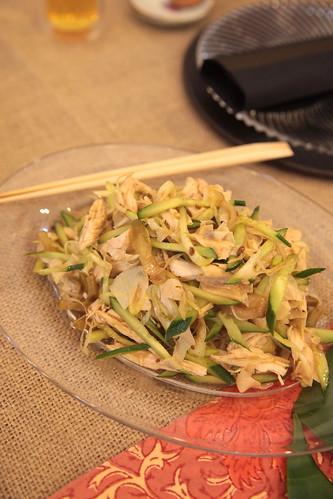 鶏肉とザーサイの花山椒風味