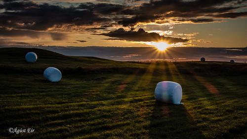 sunset sun field iceland ásbyrgi kelduhverfi meiðavellir