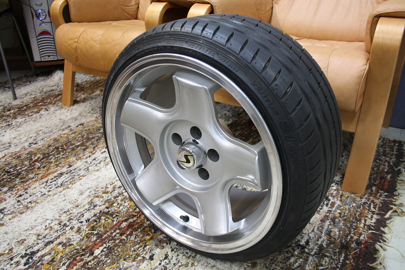 ]usbe: Misano Red VW Vento 14601000317_153095320e_c