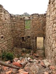 2ème maison de Ghjuncaghjola : l'intérieur depuis la porte d'entrée