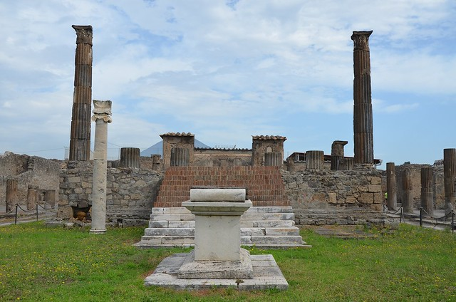 Temple of Apollo, looking north towards the altar, podium and cella, Pompeii