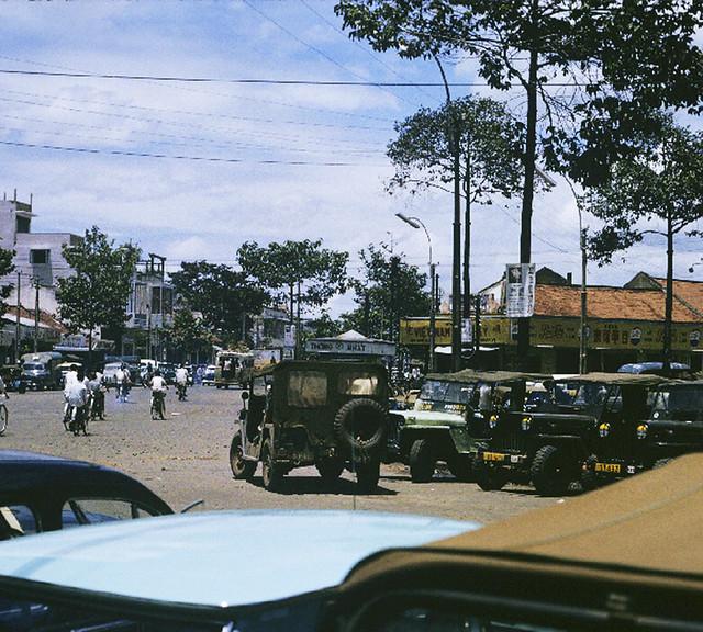 SAIGON 1965 - Ngã sáu Nguyễn Tri Phương