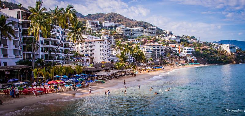 2014 - Mexico - Puerto Vallarta -  Los Muertos Beach