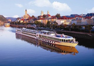 Baby Boomers: 7 Reasons To Book A Luxury River Cruise