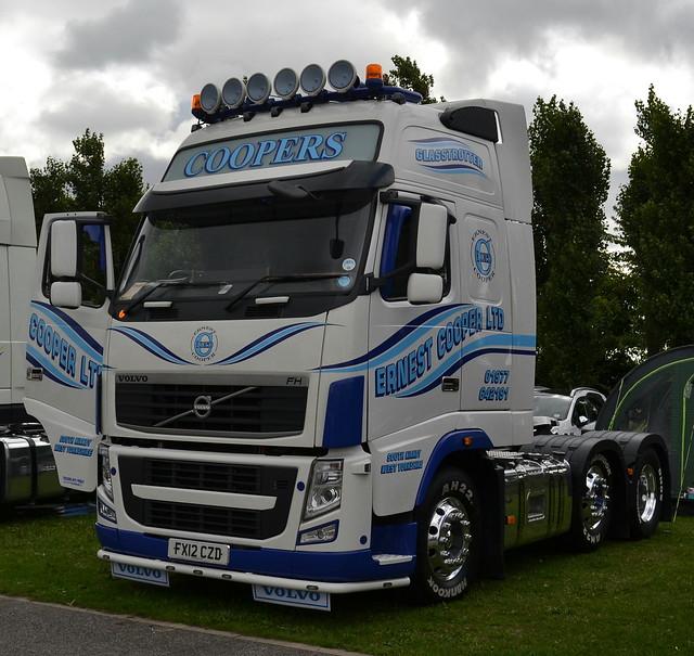 Ernest Cooper Ltd - Volvo FH13 Globetrotter XL