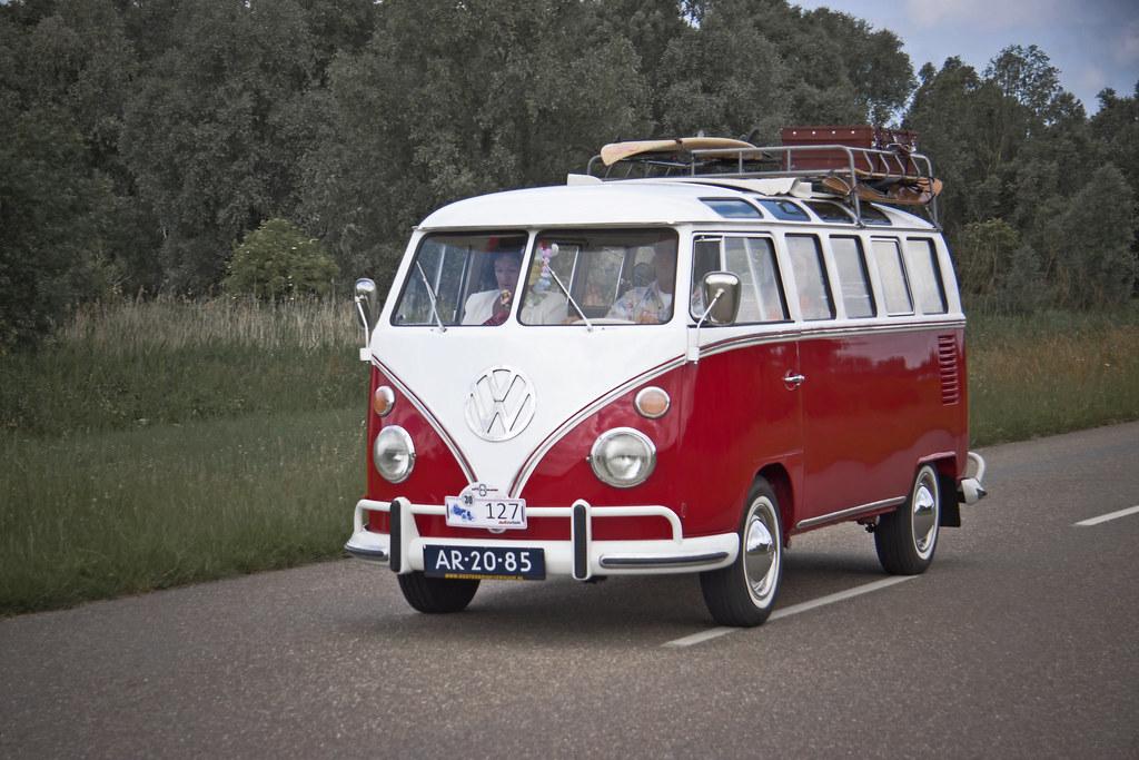 Volkswagen Typ 2 (251) Microbus Deluxe (Samba) 1965 (0672)