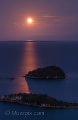 muzzpix-nz posted a photo:	Facebook    | 500px  | WebsiteA full moon rising looking from the Mount top over Moturiki , Motuotau and Motiti Islands . Yeah i know the moon has a little bo-yang … part of the experience . Thats my excuse anyway ...