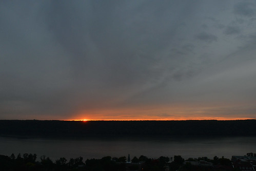 newyorkcity sun sundown bronx sunsets hudsonriver riverdale tonightssunset newjerseypalisades