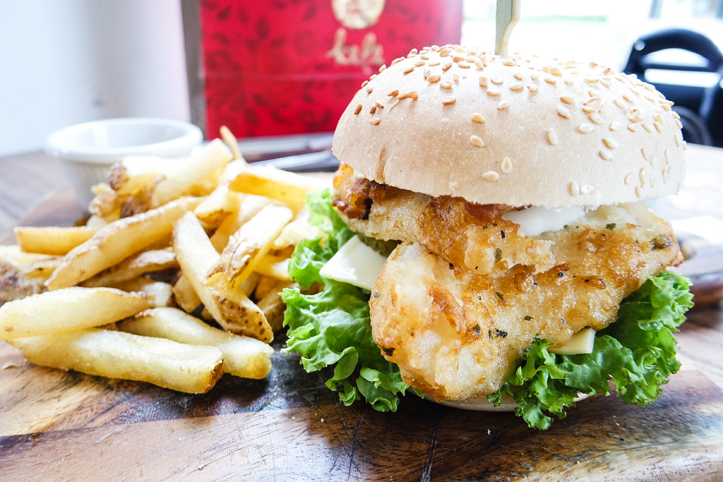 I Am Cafe's Fish Burger