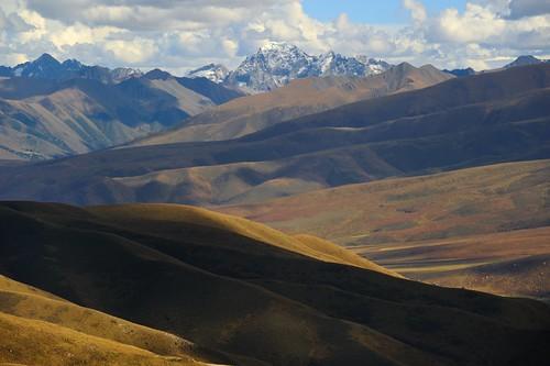 nature 2013 བོད་ལྗོངས། ©janreurink tibetanplateauབོད་མཐོ་སྒང་bötogang tibetབོད mountainརི།ri mountainpeakརི་རྩེ།rirtse natureofphenomenaཆོས་ཀྱི་དབྱིངས་choskyidbyings landscapesceneryརི་ཆུ་ཡུལ་ལྗོངསrichuyulljongsrichuyünjong natureརང་བྱུང་ཁམས་rangbyungrangjung landscapepictureཡུལ་ལྗོངས་རི་མོyulljongsrimoyünjongrimo landscapeཡུལ་ལྗོངས།yulljongsyünjong mountaintopལ་ཀ་laka mountainsandrocksརི་བྲག་ribragridrak earthandwaternaturalenvironmentས་ཆུ་sachu khamཁམས།easterntibet tibetanlandscapepicture ༢༠༡༣ khamཁམས་བོད khamsbodkhamwö dergeསྡེ་དགེ།county kawalungringཀ་ཝ་ལུང་རིང་རིང་5992m19659ft muhrilaམུ་རི་རི་ལ་4559m