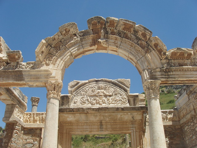 201005030007_Efes