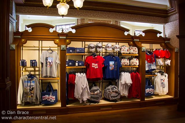 The brand new Flora's Unique Boutique