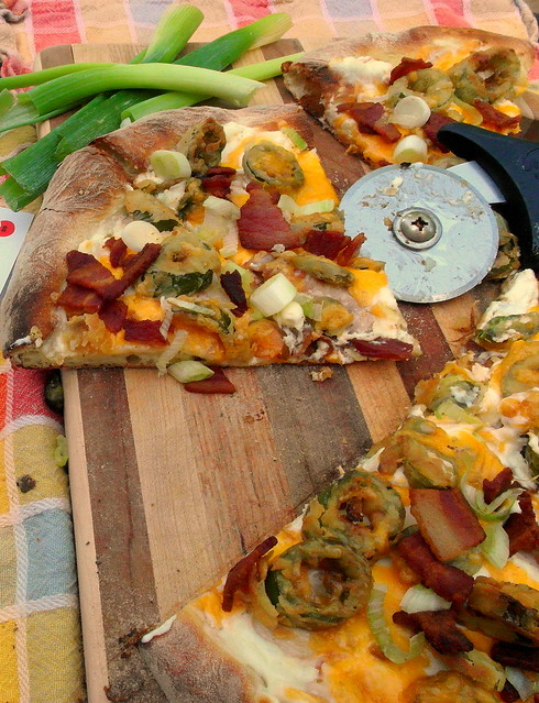 Jalapeno Pop 'N' Lock Pizza