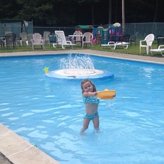 Ash had the little pool to herself #zenarec