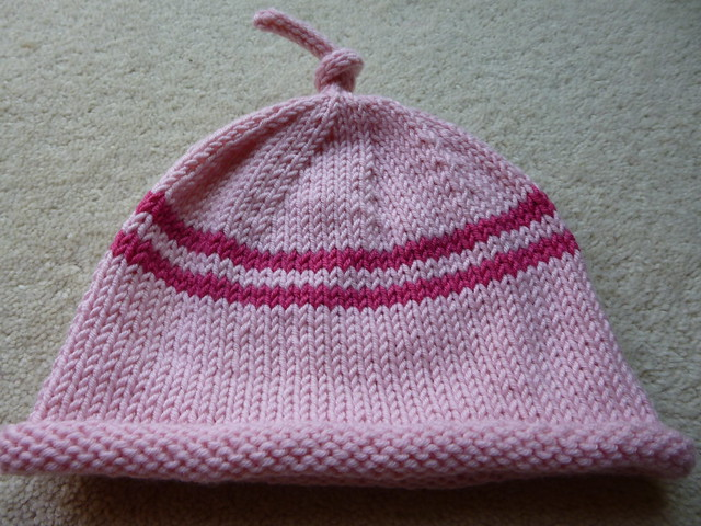 Rapsberry Ripple simple baby hat (3)