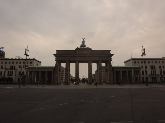Brandenburg Gate @ 630 AM on a Saturday.