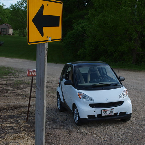 E3_20140608_154058_0018_v01 ... Smart Cars don't need directions...