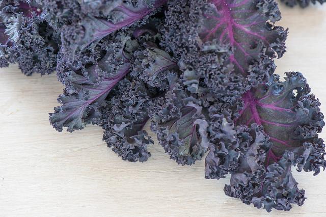 kale with pistachios-3