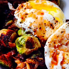 Eggs and hash #eattherainbow #nomnom #food #foodie #quornflour #eggs #browneggs #brusslessprouts #eats