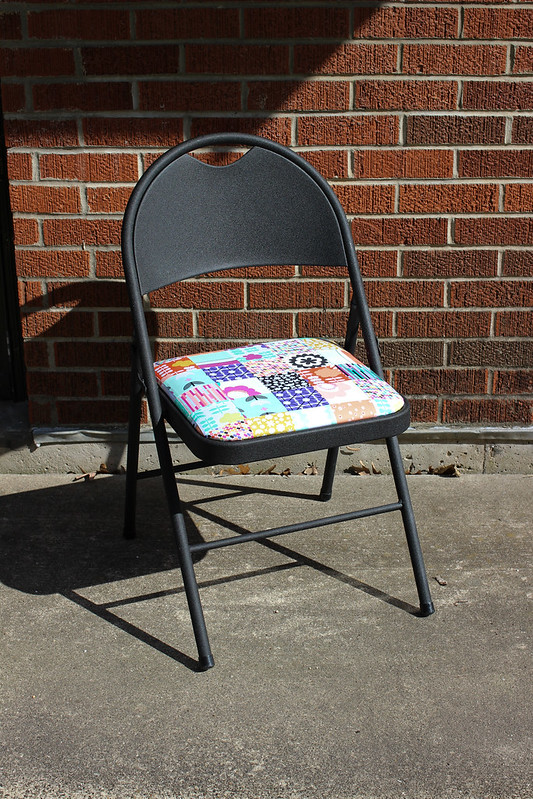 Geometric Bliss Folding Chair
