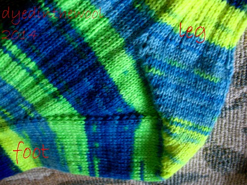neon time traveller socks fo3