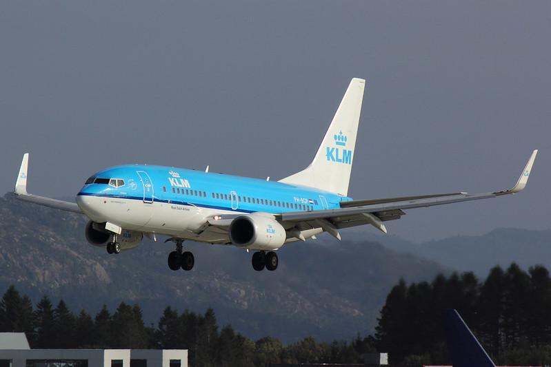KLM - B737 - PH-BGP (2)