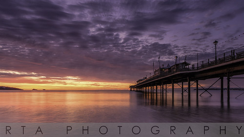 light sea beach sunrise dawn pier devon paignton torbay rtaphotography