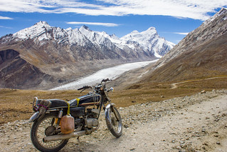 Riding past the Darung Darung glacier at the Penzila pass in Zanskar in the Himalayas