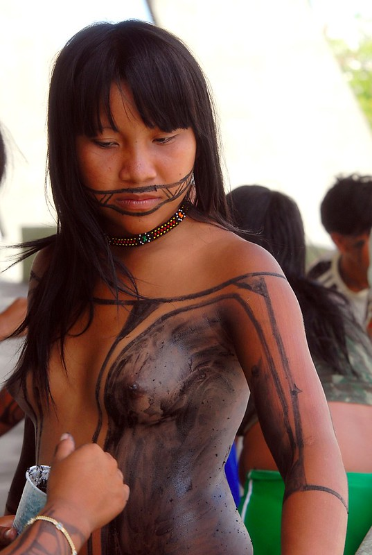 Tapirapé Girl [Body Painting]