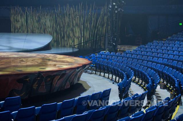 Cirque du Soleil TOTEM backstage-3