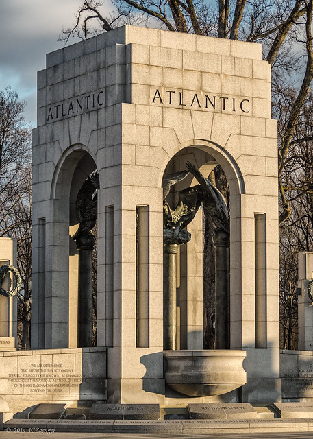 Detail from the DC WWII Memorial Atlantic Arch bwl2