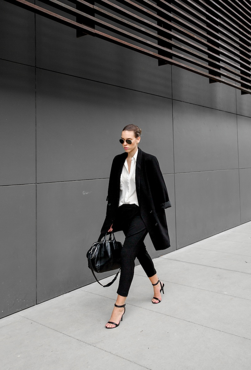 modern legacy blog kaity street style off duty minimalist man style shirt drop crotch harem Hacker pants Camilla and Marc Alexander Wang Antonia heel sandals chain Jamie tote bag Monki boyfriend blazer Asos (1 of 5)