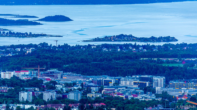 IMAGE: https://farm4.staticflickr.com/3907/14437627336_61264cae21_z.jpg