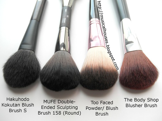 MUFE Too Faced Hakuhodo Body Shop Blush Powder Brush Compairson 1