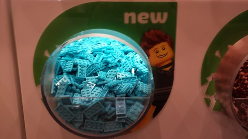 LEGO Pick-A-Brick Wall - New Elements
