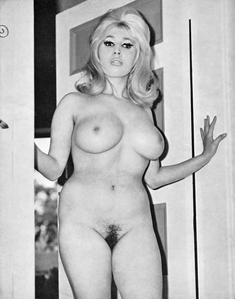 Karen wing vintage british big tits 9