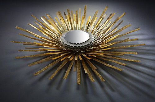 paper-sculpture-guerlain-golden