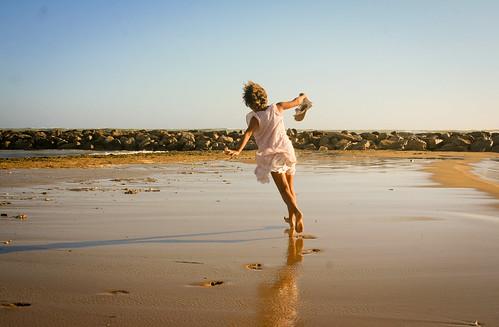 beach joy run sicily scoglitti