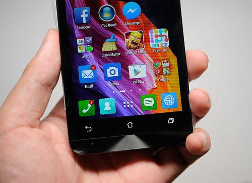So sánh HTC Desire 616 và ZenFone 5 - 28368