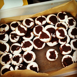 S'mores Cups and racing seem to go together like peanut butter and jelly! #yumo #smorescups #racingtreats #foodstagram #smores #summer #racing #delish