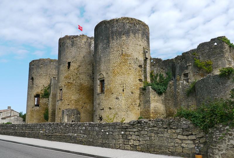 Castillo de Villandraut