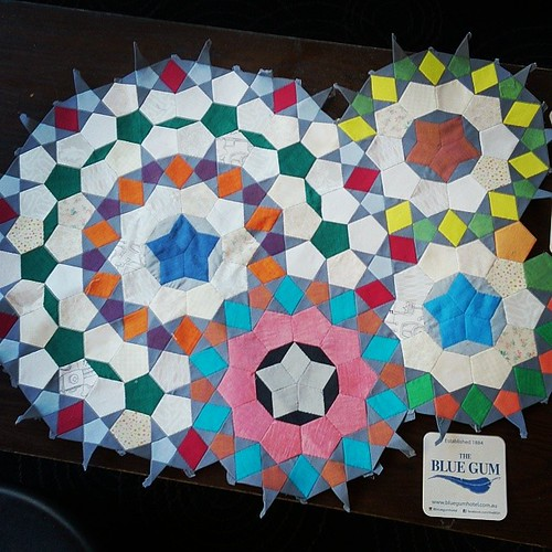 #epicmillefioriquilt joining pieces together at SCQuilters...