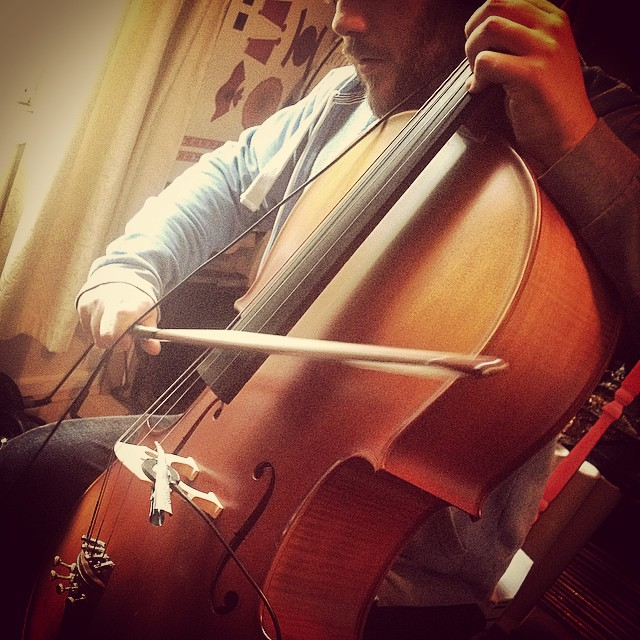 Baxt and myself making some cello noises for a mobile game. #cello #violoncello #bow #music #musicstudio #musicproduction #contactmic