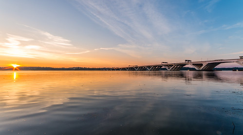 Sunrise Over the Potomac (No HDR) by Geoff Livingston