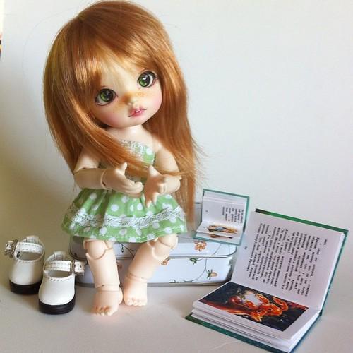 Kayley is for reading! #darak #daraki #tinyremy #bjd