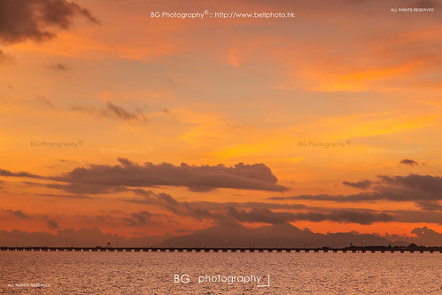 travel red sunrise hongkong dawn twilight purple tropical macau 香港 cyclone typhoon bg 颱風 海鷗 日出 tropicalcyclone 500px kalmaegi tumblr bellphoto photobybg